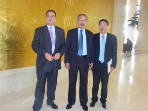 公司合伙人于水先生与摩洛哥驻华大使合影